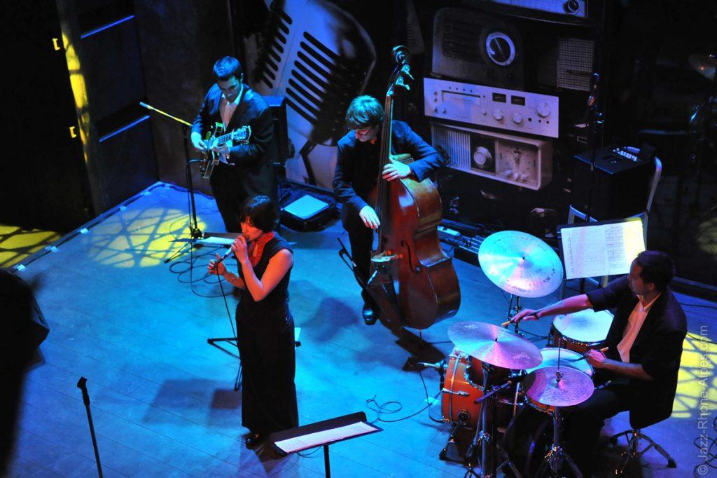 Chanteuse jazz en 4tet au Docks 40 à Lyon Confluence, concerts privés, mariages, événemtiel et mariage
