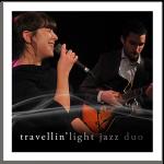 Travelin' Light Duo, chanteuse de jazz lounge, pour animation événementielle, mariage et soirée privée, musique d'ambiance