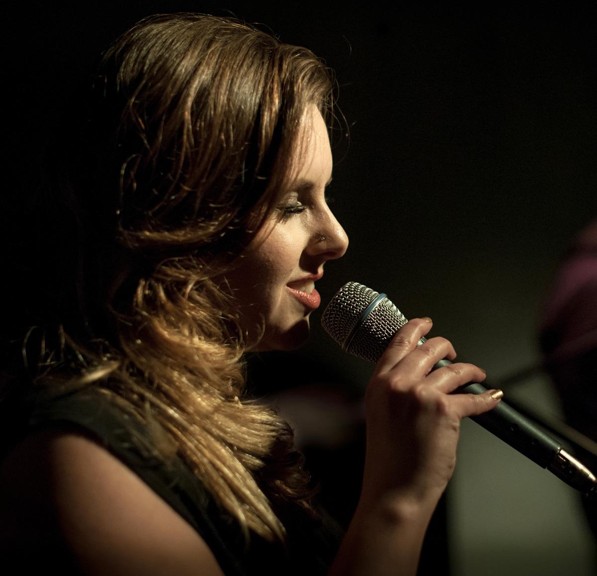 Chanteuse jazz mariage à Lyon