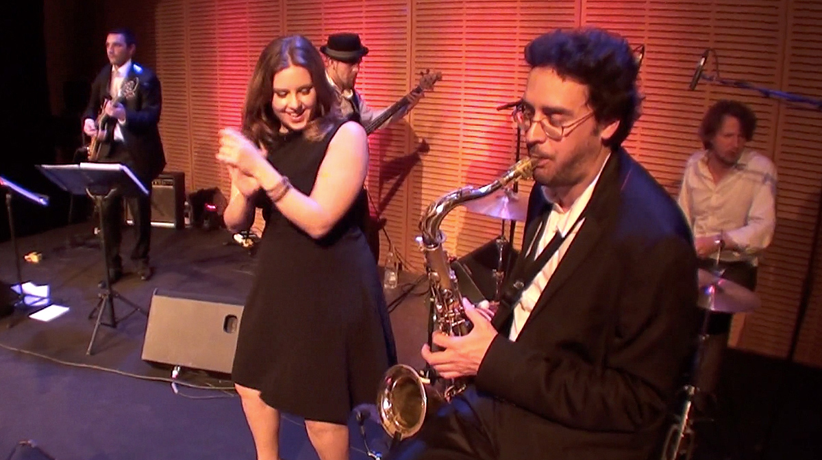 Chanteuse jazz et saxophoniste de Circle Quintet, gala à la cité internationale de Lyon, musique d'ambiance et soirée dansante, musique mariage