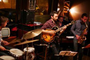 Groupe de jazz & funk à l'Obamo Café à Lyon
